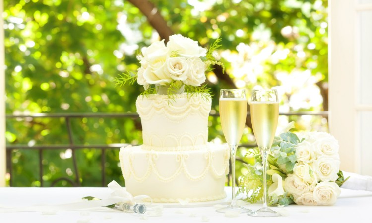 wedding-cake-idea--000034192116_Full-istock
