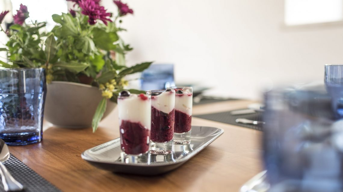 Berries with yogurt