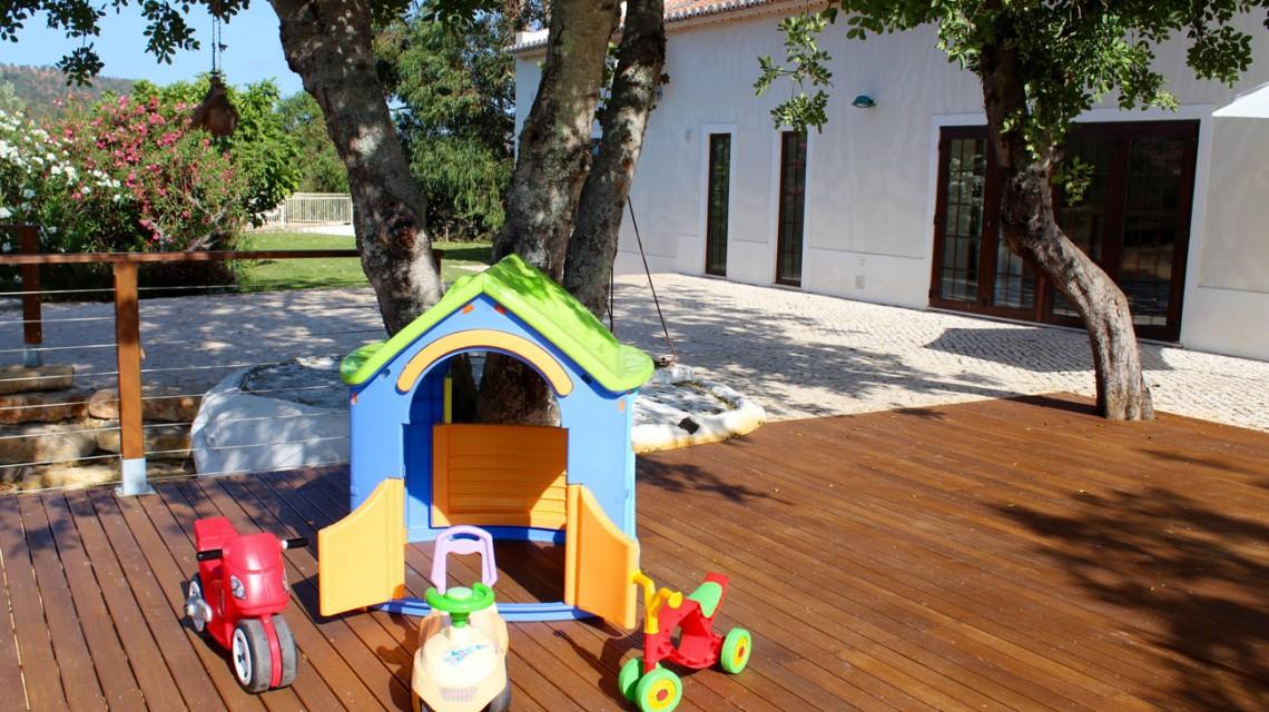 "<a href='https://figsonthefuncho.com/wp-content/uploads/2015/09/child-friendly-holiday-villa-rental-toys-4345.jpg' data-rel=""prettyPhoto[776]"" data-rel=""prettyPhoto[776]""></a>"