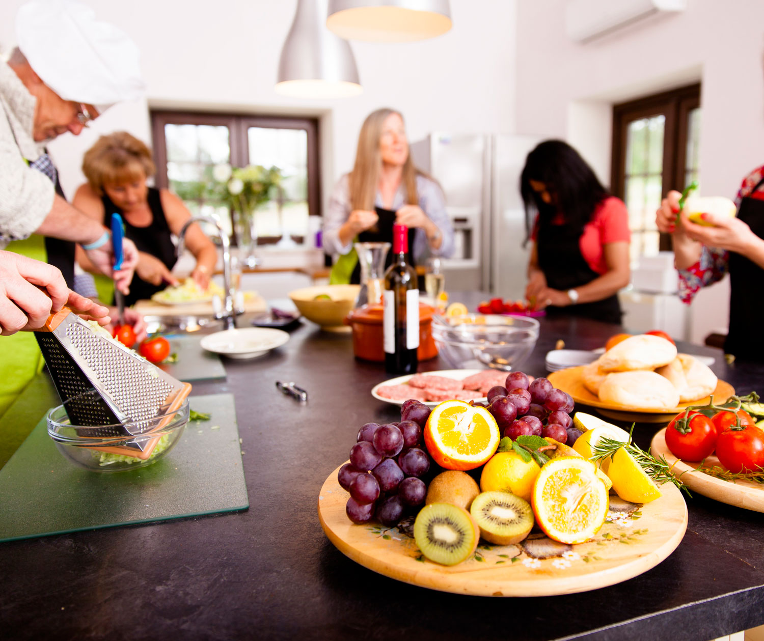 healthy eating cooking class at retreat in Portugal