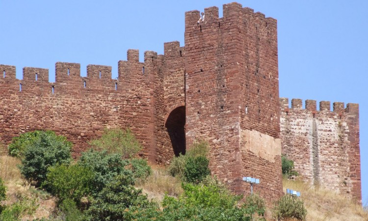 Historic Towns in The Algarve | Silves Castle, Portugal