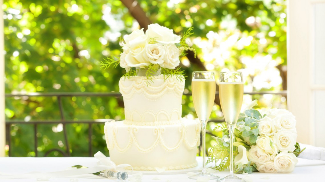 "<a href='https://figsonthefuncho.com/wp-content/uploads/2015/09/wedding-cake-idea-000034192116_Full-istock.jpg' data-rel=""prettyPhoto[762]"" data-rel=""prettyPhoto[762]""></a>"